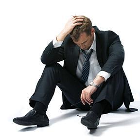 وظائف ومهن ...تكره المرأة الرجل الذى يمارسها - depressed-businessman-onfloor
