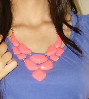 neon, neon pink, how to wear neon jewellery, hot pink, college clothes in India, fashion blogger, statement necklace, pink neon flower neckpieces