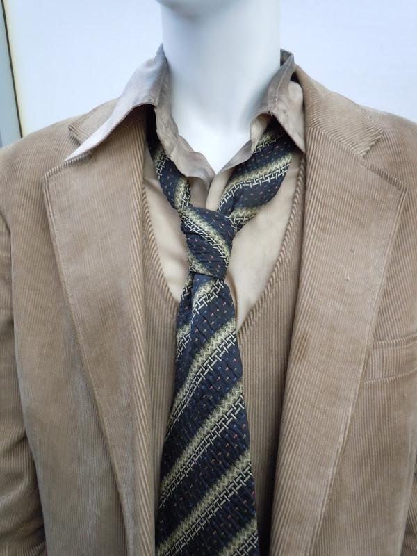 Super 8 Martin costume tie
