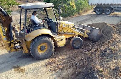Itaju do Colônia: Prefeito recupera estradas e beneficia população