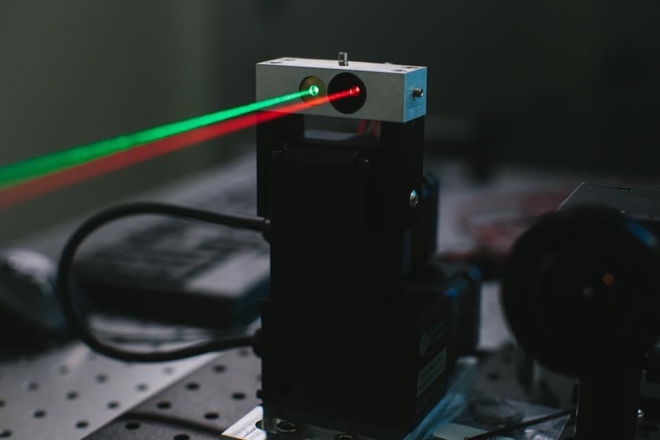 Mark Zuckerberg, Facebook Kembangkan Sistem Komunikasi Laser