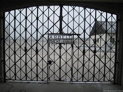 Gerbang masuk Dachau