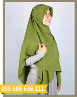 Hijab segi empat untuk ke kantor