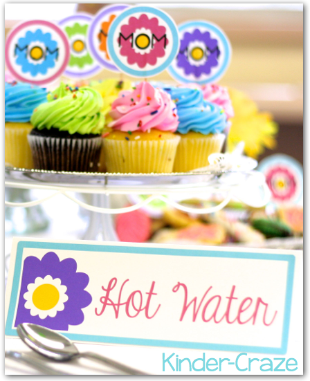 Adorable ideas and resources for a throwing a classroom tea party for Mother's Day