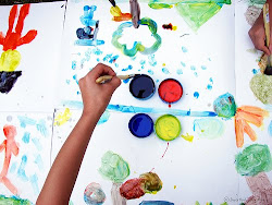 Talleres de rehabilitación en los músculos de las manos mediante la pintura.