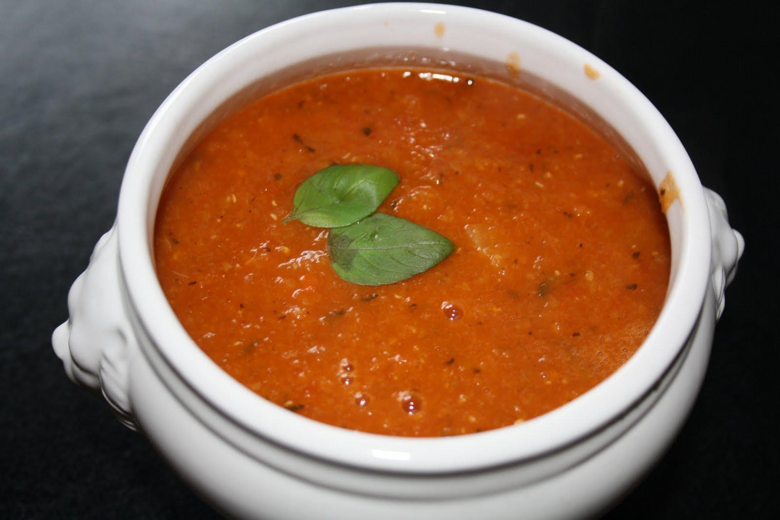 linssoppa med tomat