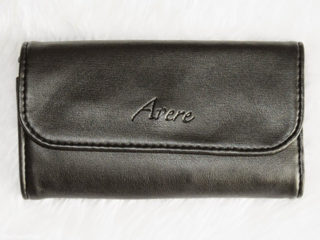 avere makeup brushes