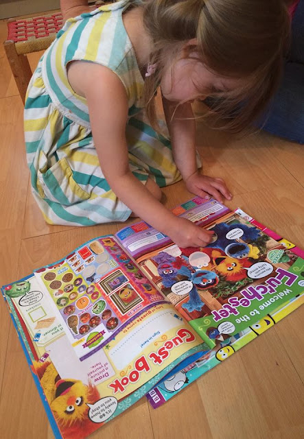 Fun with stickers in the Furchester hotel magazine