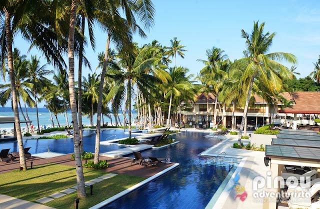 henann resort alona beach the biggest luxury resort on. Black Bedroom Furniture Sets. Home Design Ideas