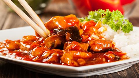 Ab Khany Sy Pehly Garam Ki Hoi Try Main Manchurian Chicken Dal Dain