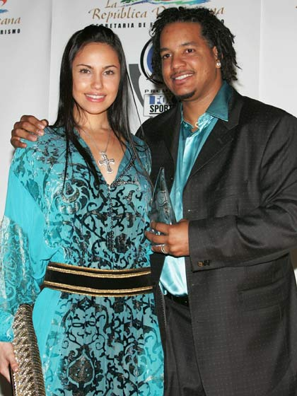 All About Sports Manny Ramirez And His Wife In These Images