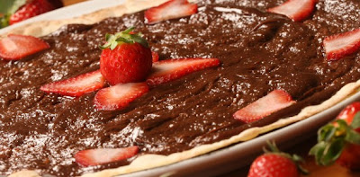 Pizza de chocolate com morango light