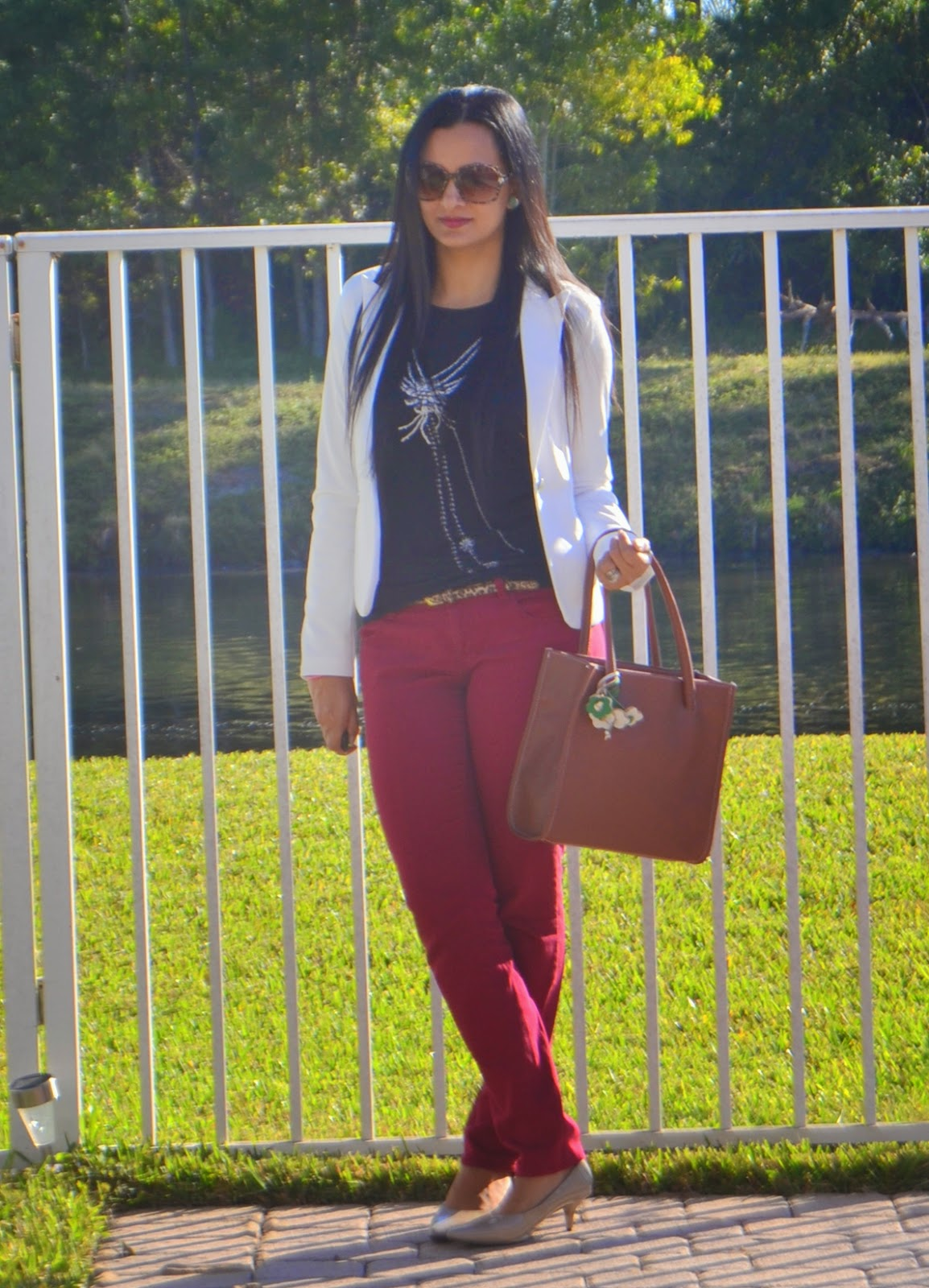 Chic Vogue Blazer Jacket ootd outfit colored jeans nude shoes www.sandysandhu.co