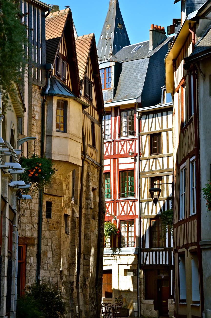 Top world travel destinations rouen france for Haute normandie rouen
