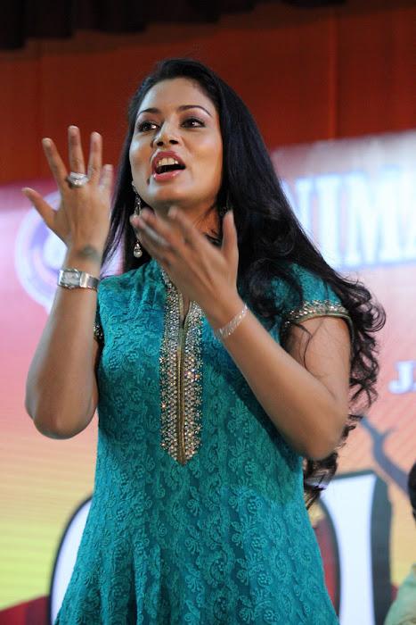 pooja in panimalar college hot images