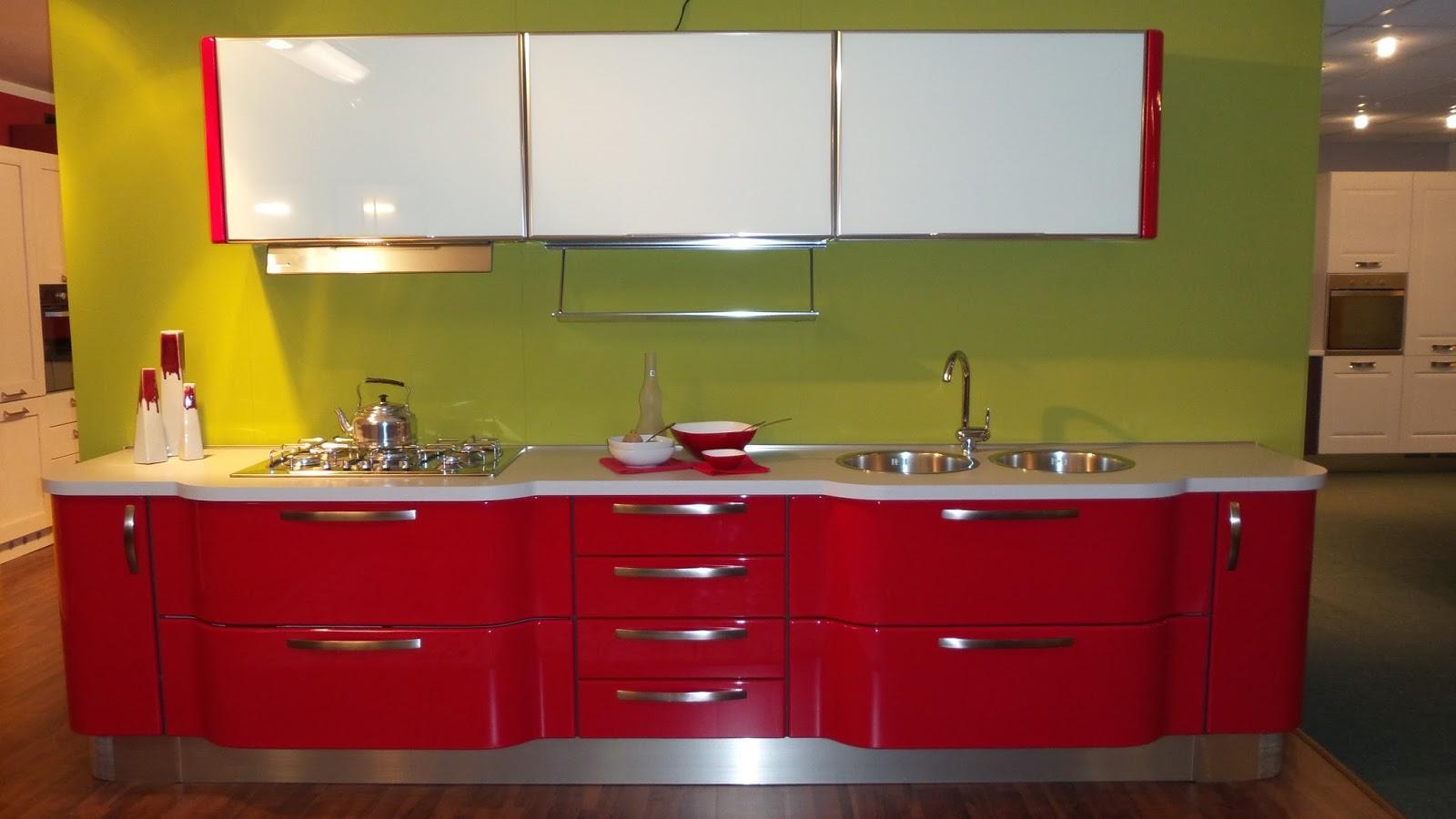 Arredamenti pennati le cucine esposte design di qualit for Katia arredamenti