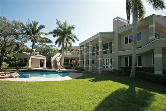 Letu0027s Take A Look, This Modern And Luxury House In Miami, Florida   Modern  Masterpiece House Photo Below.
