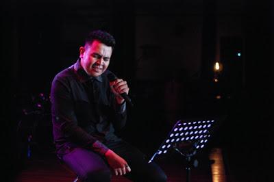 Download Lagu Tulus mp3 Tebaru