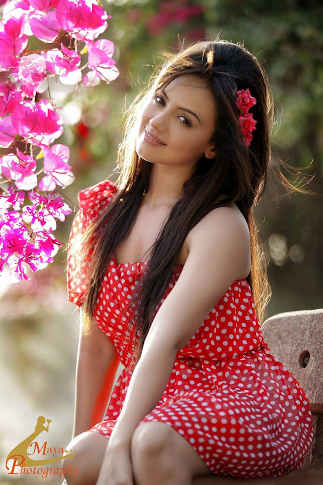 Sana khan is a doll in this red dress with white polka dots - Sana Khan red and white polka dot dress!