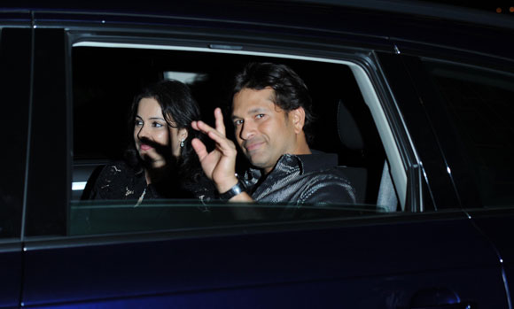 Anjali and Sachin Tendulkar - Sachin Party from Mukesh Ambani - Pics