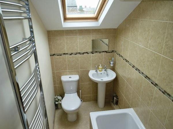 Model kamar mandi minimalis 6