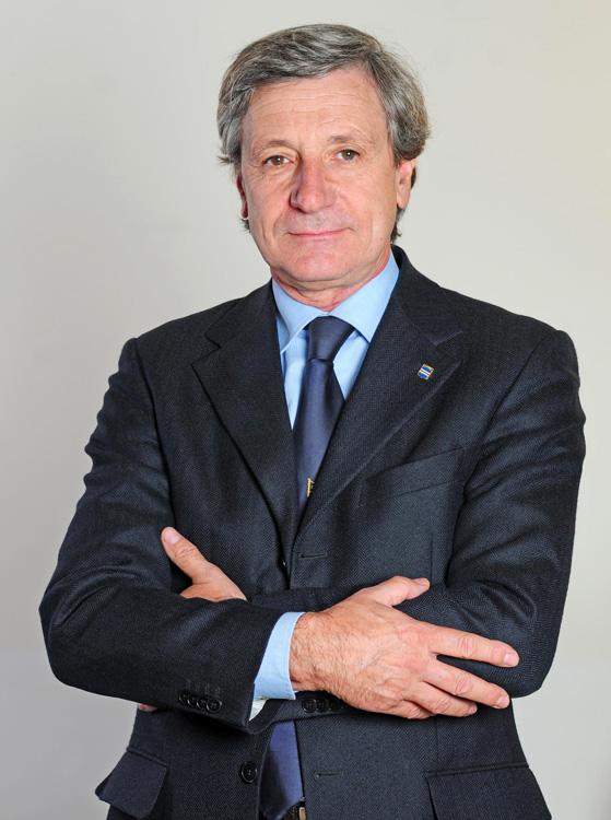 Fabulous genovese domenico podest per altri cinque anni - Architetto a milano ...