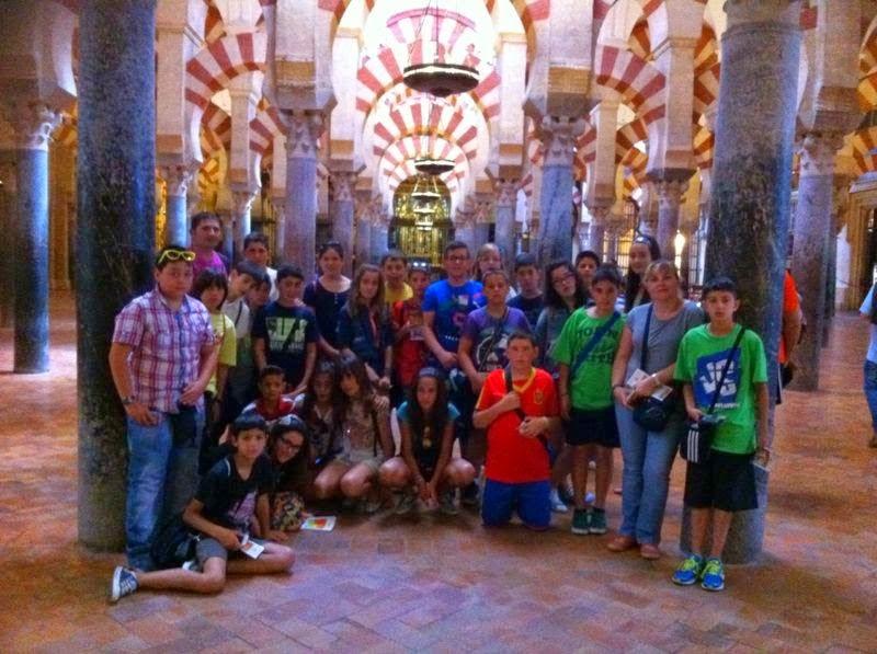 EL COLEGIO JUAN XXIII ABRE SUS PUERTAS A LA COMUNIDAD EDUCATIVA