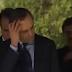 Βίντεο: Όταν οι άλλοι κάνουν τον σταυρό τους...ο Σαμαράς φτιάχνει τα μαλλιά του!