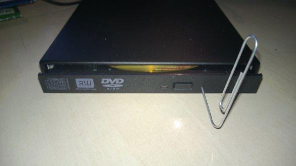 Hướng dẫn giải quyết nhanh vấn đề kẹt đĩa DVD của máy tính 4