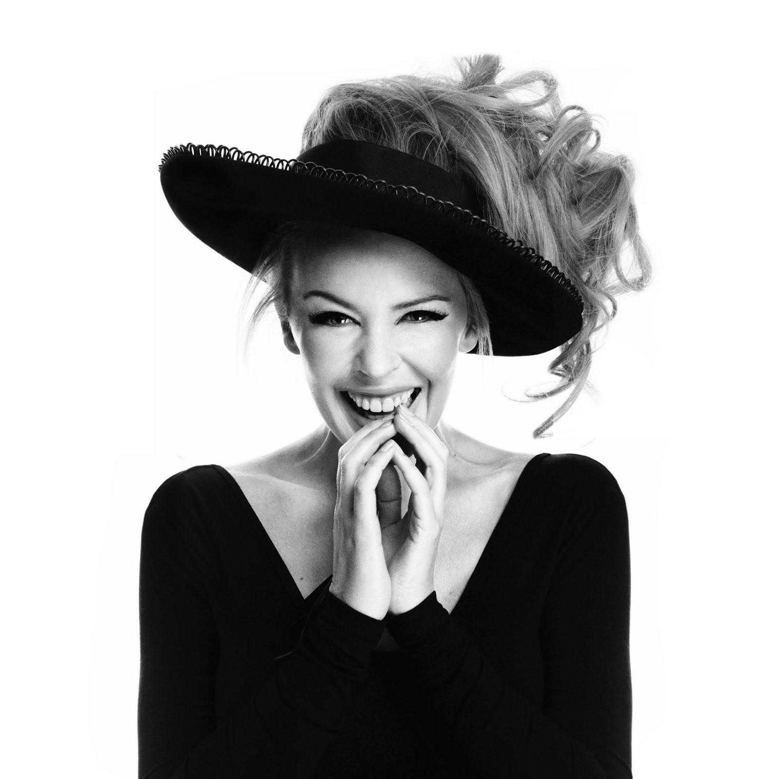 http://3.bp.blogspot.com/-Qk6itTQjbls/T08CbeR8g5I/AAAAAAAAGR4/prbj3Q2-KxE/s1600/Kylie-Stylist-29%2Bcleaned.jpg