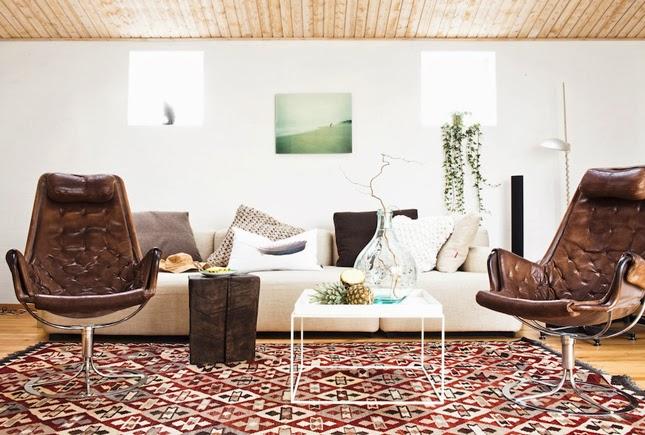 Room designs creative wedding small space decorating room ideas - Domino small spaces decor ...