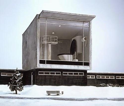 17-Frank-Kunert-Confronting-our-Lives-in-Miniature-Sculptures-www-designstack-co