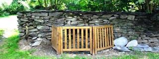 Houffalize mur pierre seche puits Gite Kerpa Vakantiehuis