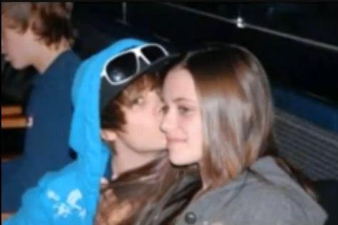 hott justin bieber pics 2011. Hot Pics of Justin Bieber
