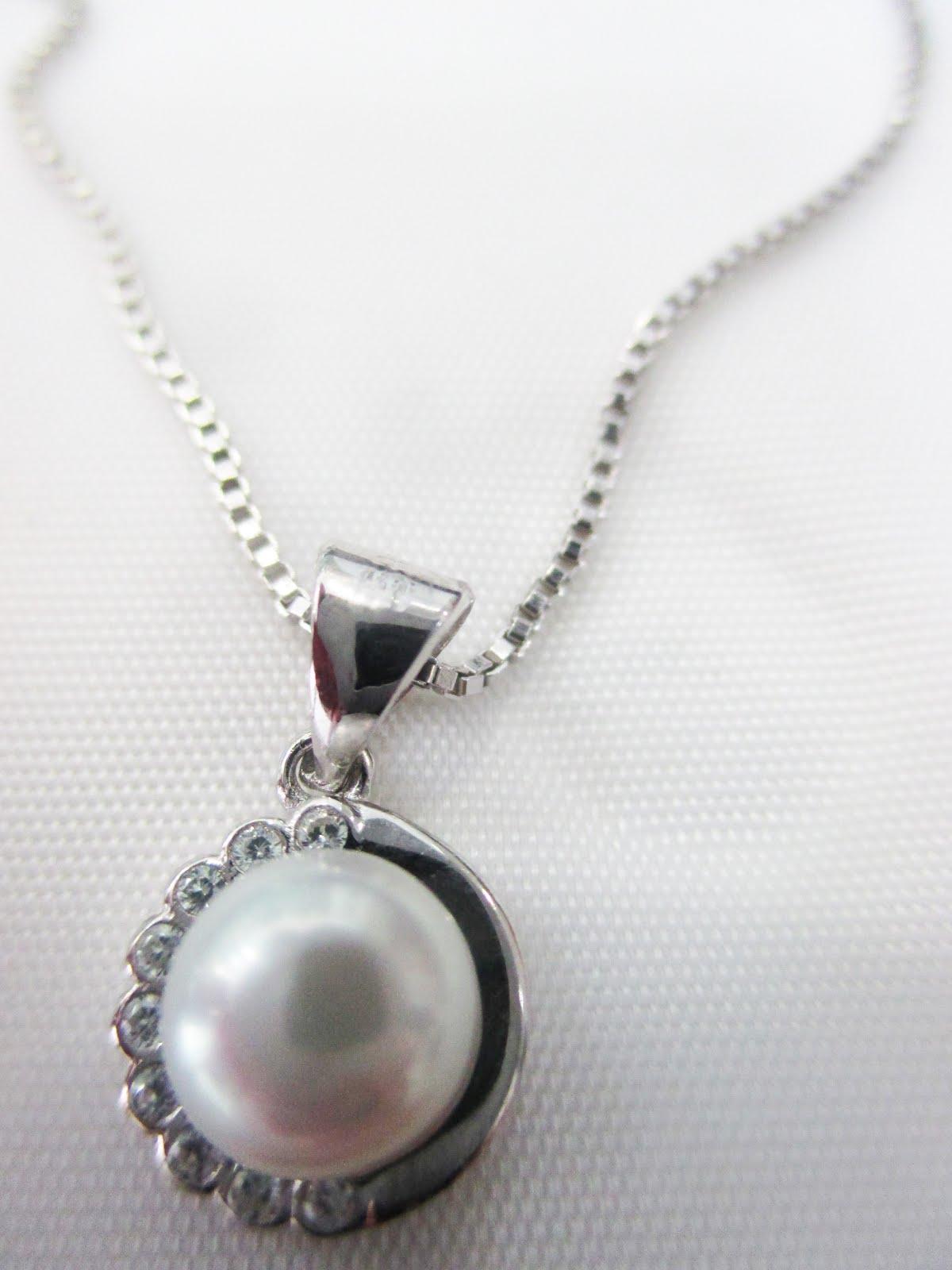 Colgante perla y cadena plata