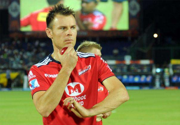 Johan-Botha-DD-IPL-2013