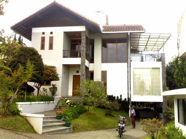 Gambar Villa Istana Bunga di Lembang Bandung