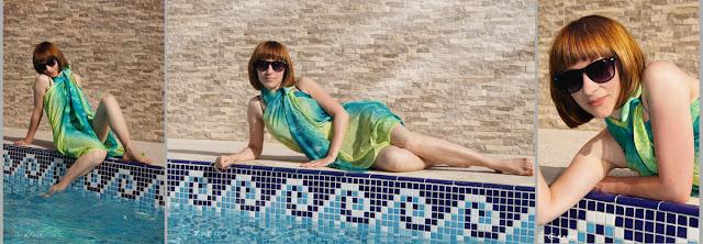 яркая девушка у бассейна