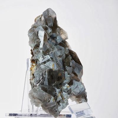 plaque de quartz qui recouvre une fine gangue de granite trouvée dans le Mont-Blanc