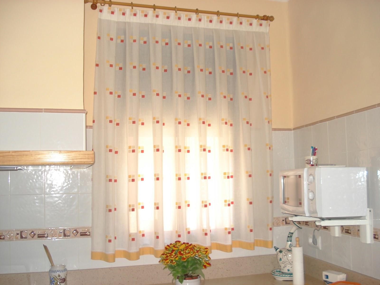 Entre el dedal y el pedal cortina para cocina - Cortinas decorativas para cocina ...
