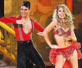 Delly Madrid en una de sus presentaciones de baile
