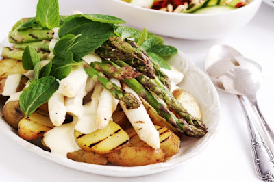 Potato and asparagus salad Recipe