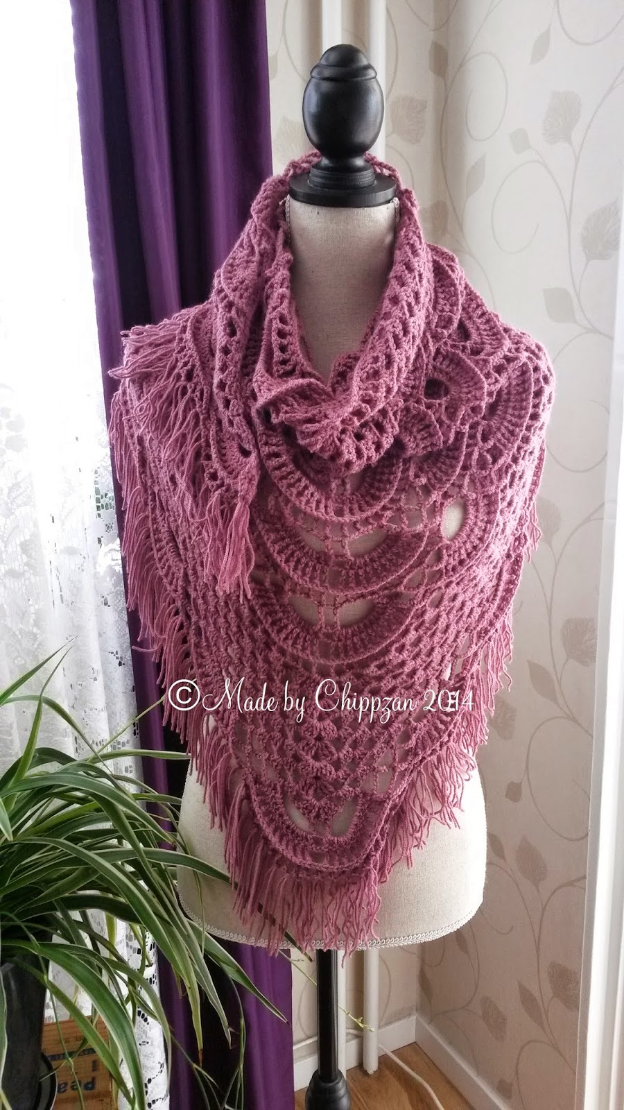 Free Crochet Shell Shawl Patterns : Made by Chippzan: Shawl - with shells and clusters of ...