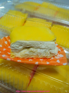Utk Order : Durian Crepe berinti cream custard yg sangat sedap, crepenya nipis, dr 5 jenis tepung