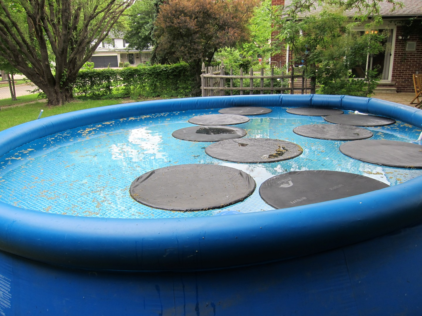 More ideas about diy solar pool heater pool lilly pad solar cover solutioingenieria Image collections