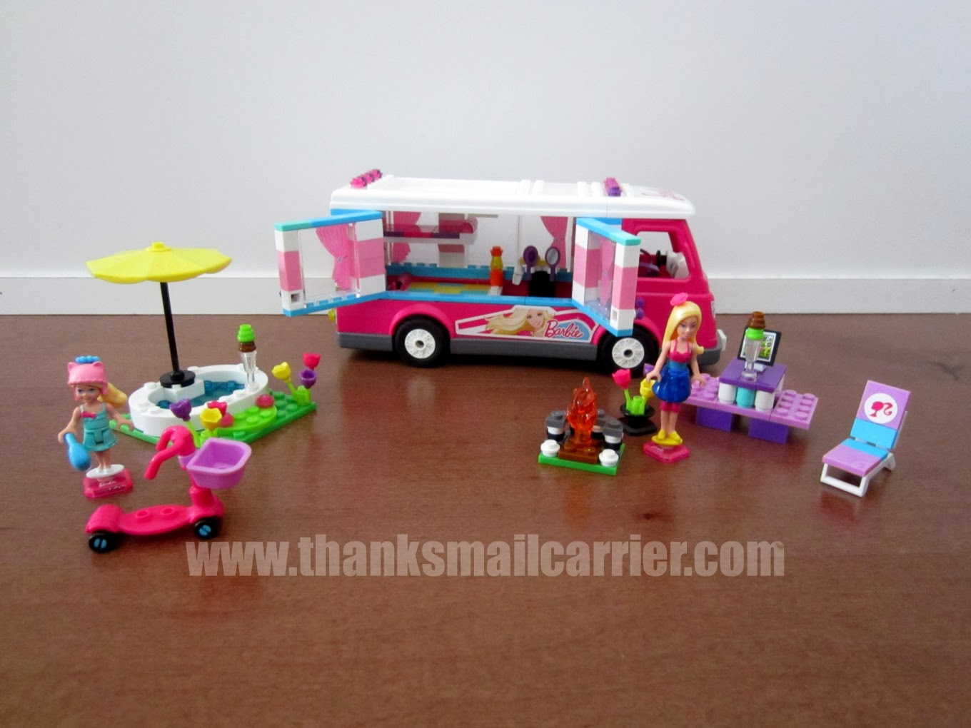 Mega Bloks Barbie camper review