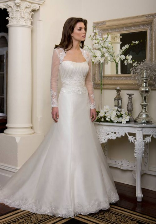 Women Fashion Trend: Bridal Gowns Dresses