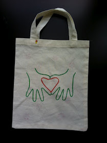 Heart-shaped Hand-y Tote