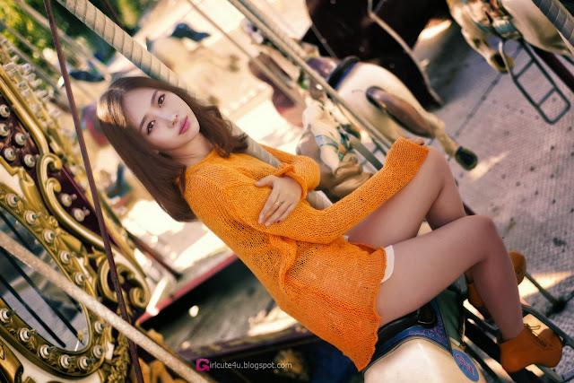 4 Shin Hae Ri outdoor - very cute asian girl-girlcute4u.blogspot.com