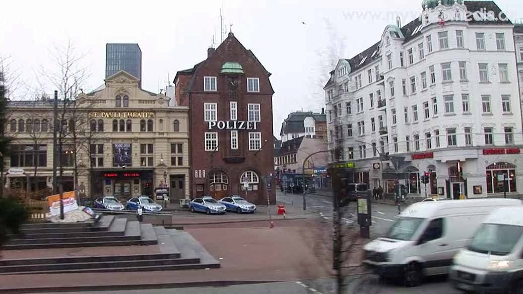 Hamburg City Tour 2 - Davidswache at the Reeperbahn